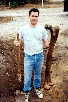 Giant Femur found in 2011 - Smithosonian admits to the reality of Giants!!! After almost a century of censorship.