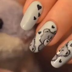 All About Nail Designs and Nail Art Nail designs or nail art is a very simple concept - designs or art that is used to decorate the finger or toe nails. They are used predomina Halloween Nail Designs, Fall Nail Designs, Simple Nail Designs, Halloween Nails, Halloween 2020, Nail Designs For Kids, Animal Nail Designs, Pretty Designs, Easy Halloween