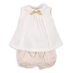 Blusa EPK para bebé niña, en color hueso con puntos de escarcha dorada.