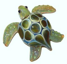 Your place to buy and sell all things handmade Glass Pendants, Glass Beads, Turtle Jewelry, Glass Figurines, Glass Animals, Beaded Animals, How To Make Beads, Fused Glass, Stained Glass