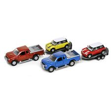 £4 - Rescue stranded vehicles with this Wilko Roadsters heavy hauler pick up transporter. This 1:32 scale model set includes a pick up truck, trailer and car. There are 2  sets to collect (each sold separately). Assorted line, place an order and we'll choose a set on your behalf. Suitable for ages 3 +. <BR><BR>Warning:<BR>Not  suitable  for children under 36 months. Small parts. Choking hazard.