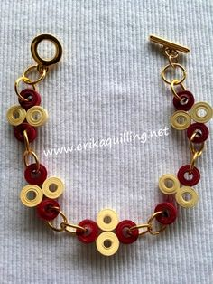 Paper Quilling Jewelry, Quilling Craft, Quilling Designs, Paper Jewelry, Jewelry Crafts, Handmade Rakhi, Quilled Creations, Quilling Tutorial, Key Tags