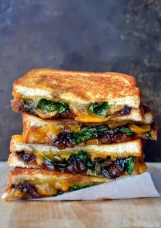 grilled cheese with caramelised balsamic onions