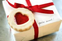 This is NOT a real cookie! Biscuit gift tag made from salt dough!!
