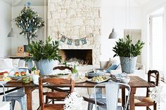 Take a style cue from this Christmas-ready seaside family home as seen in @Inside Out magazine #Christmas  Photo by Armelle Habib http://www.homelife.com.au/    Who lives here: Emma and Mark...