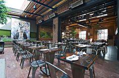 10 restaurants que tu devrais essayer dans Griffintown   Narcity Montréal