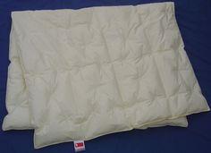 Økologisk gåsedunsdyne 140x220 cm, 1399 kr. for 440 grams dyne. Jeg ønsker mig 2 styks.