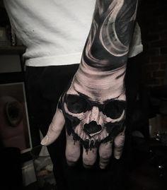 A skull of Ben Thomas - Tattoo Hand - # skull ., a skull of Ben Thomas - Tattoo Hand - # skull . Unique Hand Tattoos, Full Hand Tattoo, Hand Tats, Hand Tattoos For Guys, Arm Tattoo, Sleeve Tattoos, Totenkopf Tattoo Hand, Totenkopf Tattoos, Skull Rose Tattoos