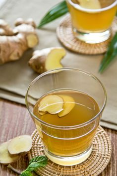 Required Reading: Shrubs, An Old-Fashioned Drink for Modern Times - Gardenista Ginger Ale, Ginger Drink, Fresh Ginger, Old Fashioned Drink, Juice Fast, Tasty, Yummy Food, Non Alcoholic Drinks, Raw Food Recipes