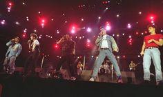 Os New Kids on the Block desembarcaram no Brasil ainda meninos uma única vez, em 1991, para participar do Rock in Rio II