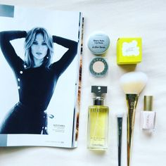Eternity by @clavinklein paired with some of our favorites including the never aging @jlo ... #jlo #jenniferlopez #gifts #giftshop #perfume #fragrance #scents #calvinklein #girlstuff #makeupartist #marcjacobs #makeupjunkie #beautygifts #beautyobsession #bblogger #mycalvins #love #hype #fashion #prettythings #beautycare #womenswear #glam #luxury #sale #onlineshop #webstagram #dailydeals #happygirl