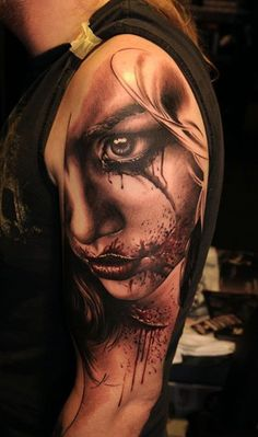 45 Awesome Portrait Tattoo Designs <3 !