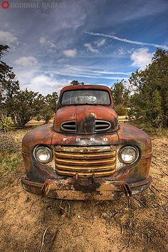 1949 Ford Truck slipping into Classic RustinPeace Antique Trucks, Vintage Trucks, Antique Cars, Old Ford Trucks, Old Pickup Trucks, Ford 4x4, 4x4 Trucks, Ford Bronco, Custom Trucks