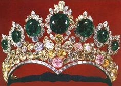 Empress Farah of Iran's wedding tiara. The magnificent huge cabochon emeralds are set on a base of fancy colored diamonds. An exquisite piece.