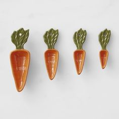 Our carrot measuring spoons are perfect for spring baking and meal prep year-round. The earthenware construction makes them exceptionally durable while the glossy enamel finish adds color and character to the kitchen. Kitchen Supplies, Kitchen Tools, Kitchen Gadgets, Kitchen Ideas, Electric Skillet Recipes, Cute Kitchen, Kitchen Ware, Cast Iron Recipes, Cooking Tools