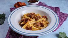Mozzarellás-kolbászos tészta receptje   Mindmegette.hu Penne, Pasta, Mozzarella, Macaroni And Cheese, Chicken, Meat, Ethnic Recipes, Food, Youtube
