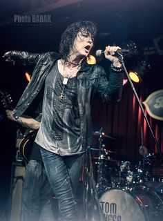 TOM KEIFER » Photos