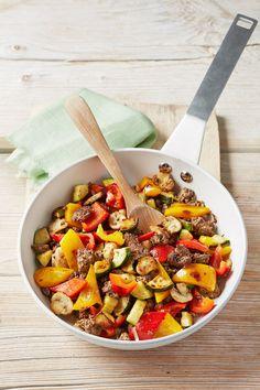 Hackfleisch - Gemüse - Pfanne, ein tolles Rezept aus der Kategorie Gemüse. Bewertungen: 107. Durchschnitt: Ø 4,5.
