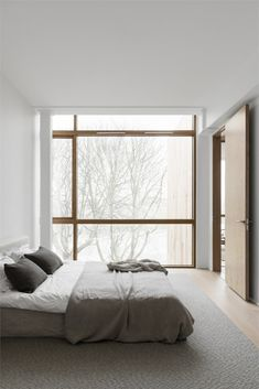 Spacious and minimalist home - Bedroom Styles & Gadgets . - Spacious and minimalist home – bedroom styles & gadgets # Spacious - Decoration Bedroom, Home Decor Bedroom, Modern Bedroom, Bedroom Ideas, Contemporary Bedroom, Minamilist Bedroom, Master Bedroom Minimalist, Bedroom Furniture, Nordic Bedroom