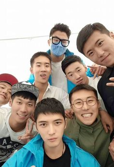 Kim jaejoong with his friends soliders