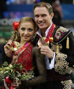 Tatiana Navka & Roman Kostomarov (Russia) 2006 Torino