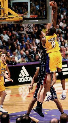 Kobe dunks on Yao