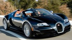 Bugatti shows the world's fastest roadster, the Veyron Grand Sport Vitesse, in action in a new video.