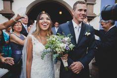 Matrimonio íntimo en Chilca - Perú de Fiore + Foncho // Recién casados! http://www.velodevainilla.com/2016/10/18/fiorella-foncho-matrimonio-intimo-en-chilca/ Foto: Lotus Perú