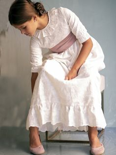 Vestidos de Comunión y trajes de Petritas 2019 - Mamidecora Sewing Patterns Free, Free Pattern, Lace Skirt, Midi Skirt, Gloomy Day, Cute Poses, First Communion, My Girl, Tennis
