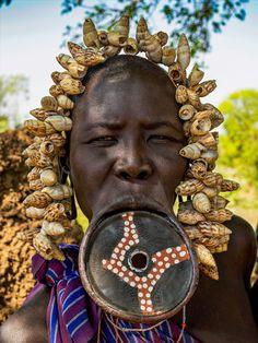 Fotógrafo libanês retrata as mulheres das tribos da Etiópia