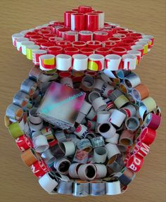 Quilling box using recycled paper