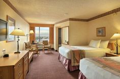 Gold Coast Hotel & Casino - Deluxe Rooms | Deluxe Two Doubles | GoldCoastCasino.com