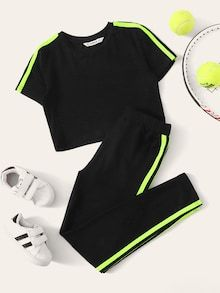 Girls Side Striped Top & Elastic Waist Pants Set Check out this Girls Side Striped Top & Elastic Waist Pants Set on Shein and explore more to meet your fashion needs! Teenage Outfits, Kids Outfits Girls, Cute Outfits For Kids, Cute Summer Outfits, Cute Casual Outfits, Stylish Outfits, Girls Fashion Clothes, Teen Fashion Outfits, Swag Outfits