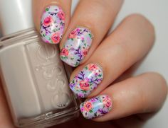 Beautiful vintage floral nails