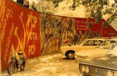 Murais de Abril (foto de António Paixão Esteves cedida pelo Centro de Documentação 25 de Abril) Street Art, Painting, Murals, April 25, Centre, Pictures, Painting Art, Paintings, Painted Canvas