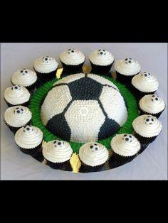Bolo de copo, bolo de forminha ou cupcake, é um pequeno bolo designado para servir uma única pessoa, frequentemente assado em um pequeno copo de papel alumínio.