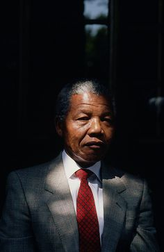 Nelson Mandela in the backyard of his home in Orlando West, Soweto, on his first day out of captivity after 27 years of imprisonment Nelson Mandela Family, First Black President, Black Presidents, Human Condition, African American History, Black People, Black Is Beautiful, Black History, South Africa