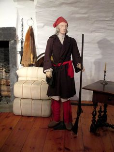 """Model of an 18th century French-Canadian Militiaman at Château Ramezay, Montreal - From the curators' comments: """"All able-bodied men of New France between the ages of 16 and 60 were subject to the King's service when called upon by the captain of the parish's company. Our friend must leave with his comrades-in-arms to raid the British colonies. He must supply his own clothing, weapons, and gun. Unlike the [regular] soldiers of the Compagnies franches de la Marine, he will not be paid."""""""