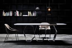 Quasimodo table by Adriani&Rossi Edizioni for Ronda Design Table Desk, Table Furniture, Furniture Design, Design Apartment, Retail Store Design, Space Interiors, Dining Table Design, Interiores Design, Small Spaces