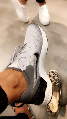8e4d2a0b9b0 Nike React Sneaker // Spring casual style | Extra Petite | Sneakers ...