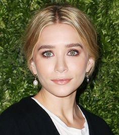 Ashley Olsen's copper eye lids and bold brows are perfection