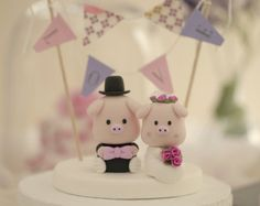 piggy and piglet bride and groom wedding cake by kikuike on Etsy