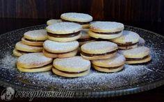 Omlós keksz mogyorókrémmel recept fotóval