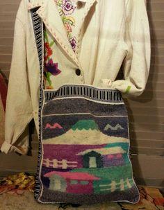 #euadorian #woolbag #tribal #boho #bohemian #crossbodybag Etsy shop https://www.etsy.com/listing/241240762/ecuadorian-woven-wool-cross-body