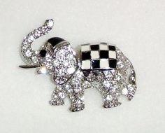 823~Vintage Silvertone Clear Rhinestone Checkerboard Enamel Elephant Brooch Pin*