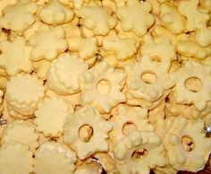 Žloutkové cukroví Snack Recipes, Snacks, Food And Drink, Chips, Sweet, Pastries, Snack Mix Recipes, Appetizer Recipes, Appetizers