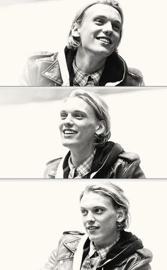 Jamie Campbell Bower at Chicago Mall Tour :)