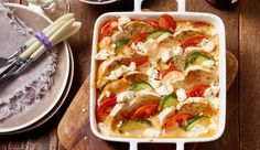 Brotauflauf mit Zucchini und Feta vom MAGGI KOCHSTUDIO | maggi.de