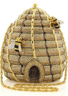 Beehive Bag!.. almost all my brothers and sisters ( and their kids ) are bee keepers !!