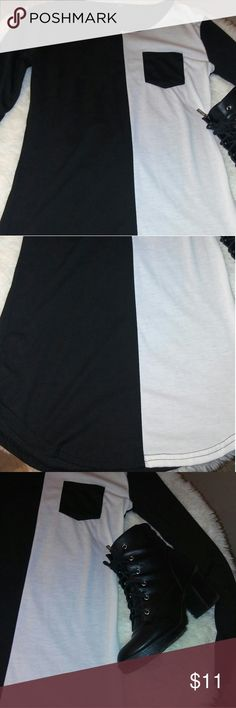Long black and white top Long 90's style black and white top. Perfect with leggings and boots. Tops Tees - Long Sleeve